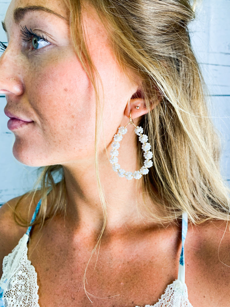 Flora Earrings - Ivory - BOMSHELL BOUTIQUE