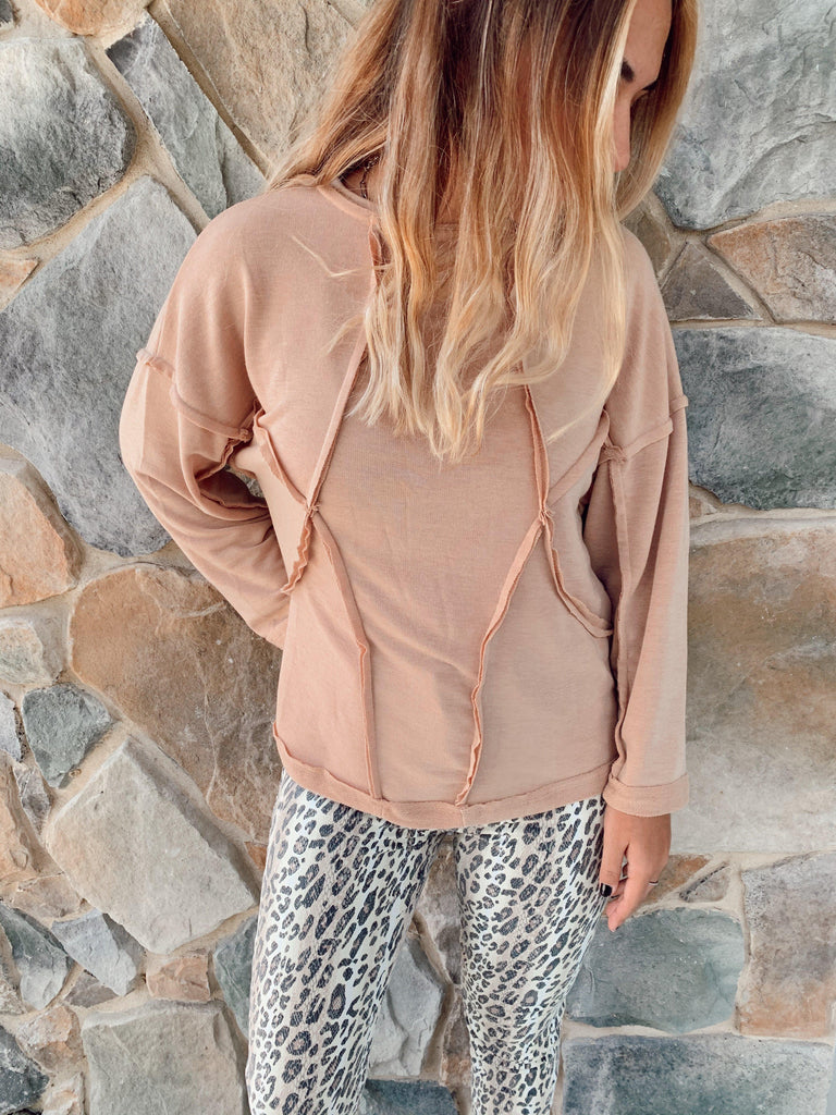 Hugs And Kisses Top-Apricot - BOMSHELL BOUTIQUE
