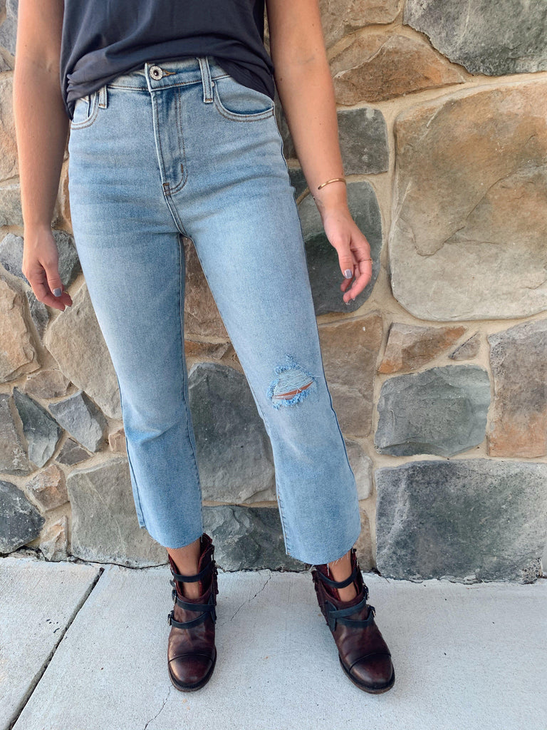 Miley Raw Hem Denim Jeans - BOMSHELL BOUTIQUE