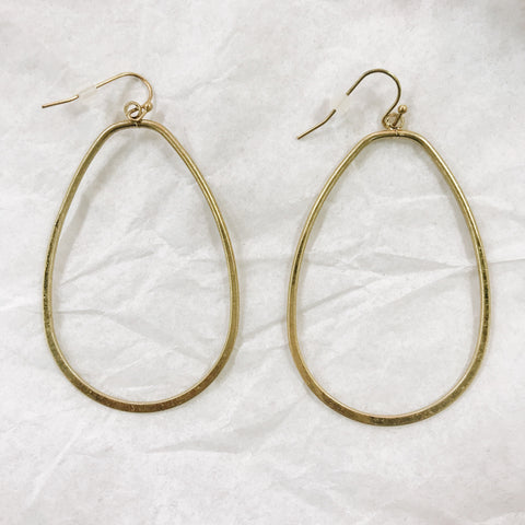 Gold Oval Metal Earring