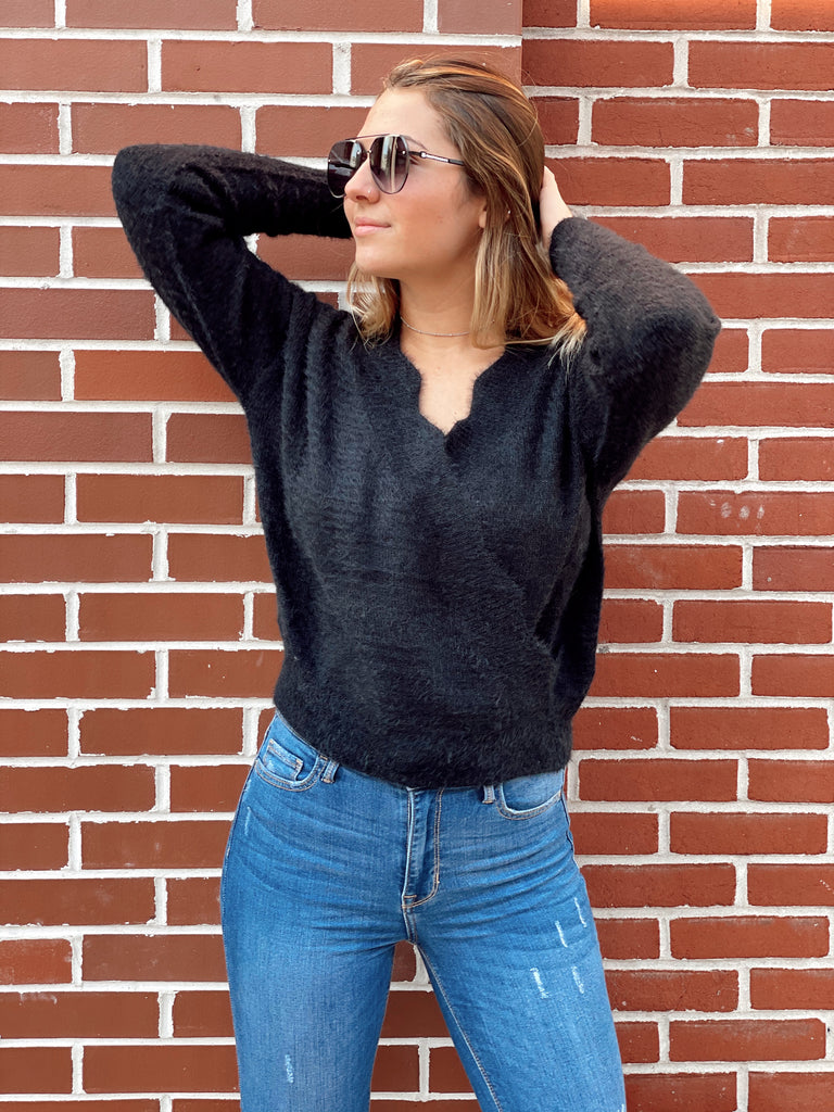 Stay Awhile Sweater in Black - BOMSHELL BOUTIQUE