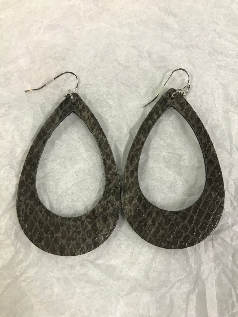 Leather Open Oval Earring - Other Colors Available - BOMSHELL BOUTIQUE