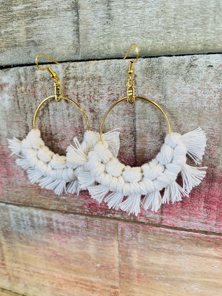 Macrame Fan Earrings - BOMSHELL BOUTIQUE
