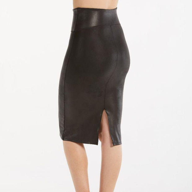 Spanx, FAUX LEATHER PENCIL SKIRT - Bellizima