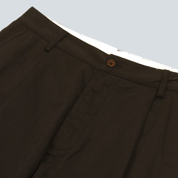 UNIVERSAL WORKS-PLEAT PANT- MILITARY OLIVE