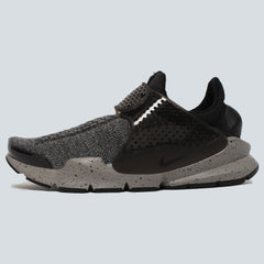 NIKE - SOCK DART SE PREMIUM - BLACK/DUST WHITE/UNIVERSITY RED