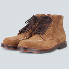 Crepe Sole Plain Toe Boot - Snuff Suede