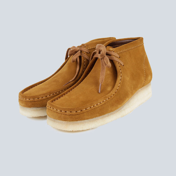CLARKS-WALLABEE BOOT-BRONZE SUEDE