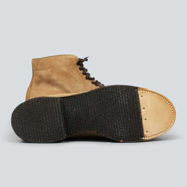 alden crepe sole plain toe boot - tan suede - underside shot