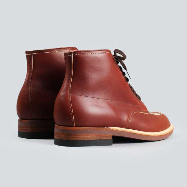 alden indy boot -  classic brown - rear on