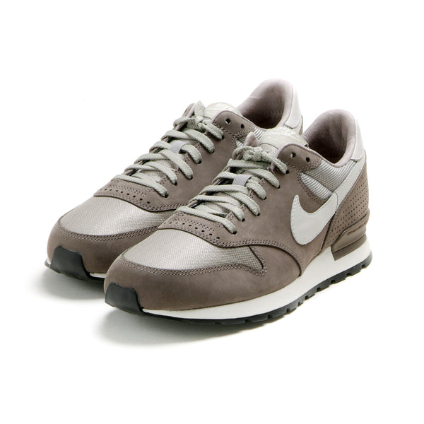NIKE - AIR ZOOM EPIC LUXE - SMOKE/LTBONE