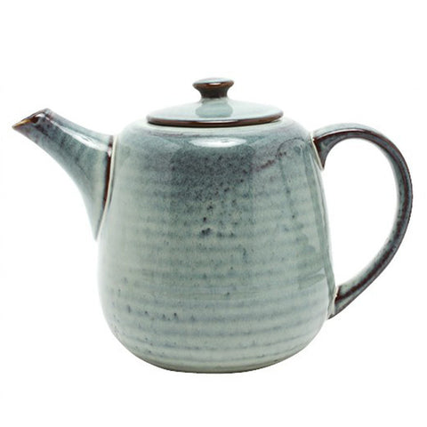 Mooie Theepot // Tea Pot Broste Copenhagen ( Ceramics Only Available in the shop!)