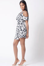 Load image into Gallery viewer, FLORAL PRINT COLD SHOULDER WRAP DRESS