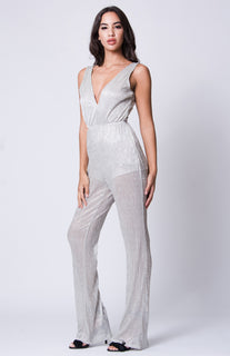 DOUBLE V SLEEVELESS WIDE LEGS JUMPSUIT