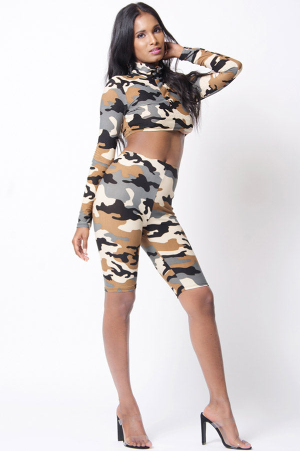 CAMO PRINT LONG SLEEVE CROP SET
