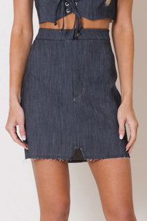 RAW EDGE DENIM SKIRT