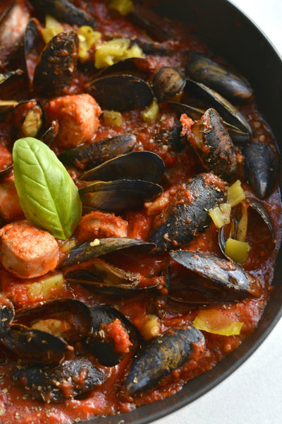 Mussels Amp Sausage In Italian Tomato Sauce Sizzlefish