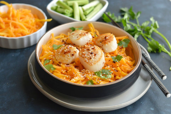 Whole30 Carrot & Scallops Noodle Bowl