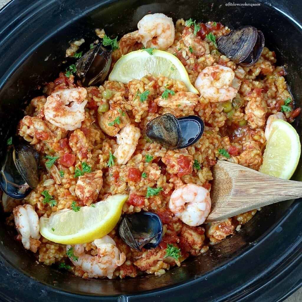 Slow Cooker Seafood & Chicken Paella