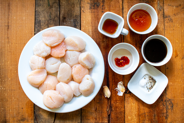Grilled Honey Glazed Scallops Ingredients