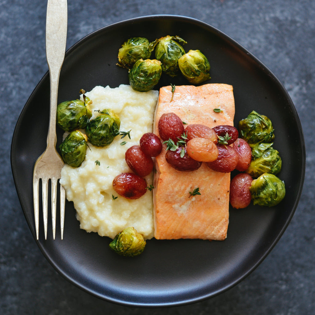 Salmon with Roasted Grapes