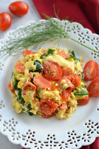 Mayo Scrambled Eggs and Smoked Salmon