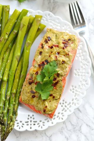 20 minute pesto baked salmon