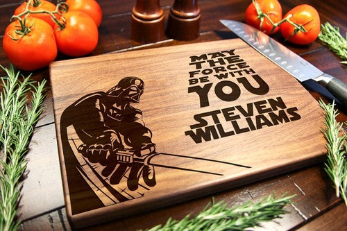 Walnut Personalized Cutting Board - Star Wars Darth Vader
