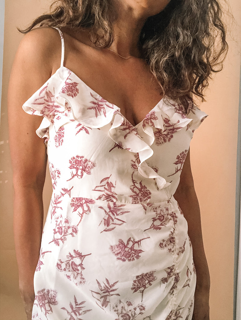 Flirty Floral Dress For Spring available on top everyday wear online boutique, RefinedbyJM