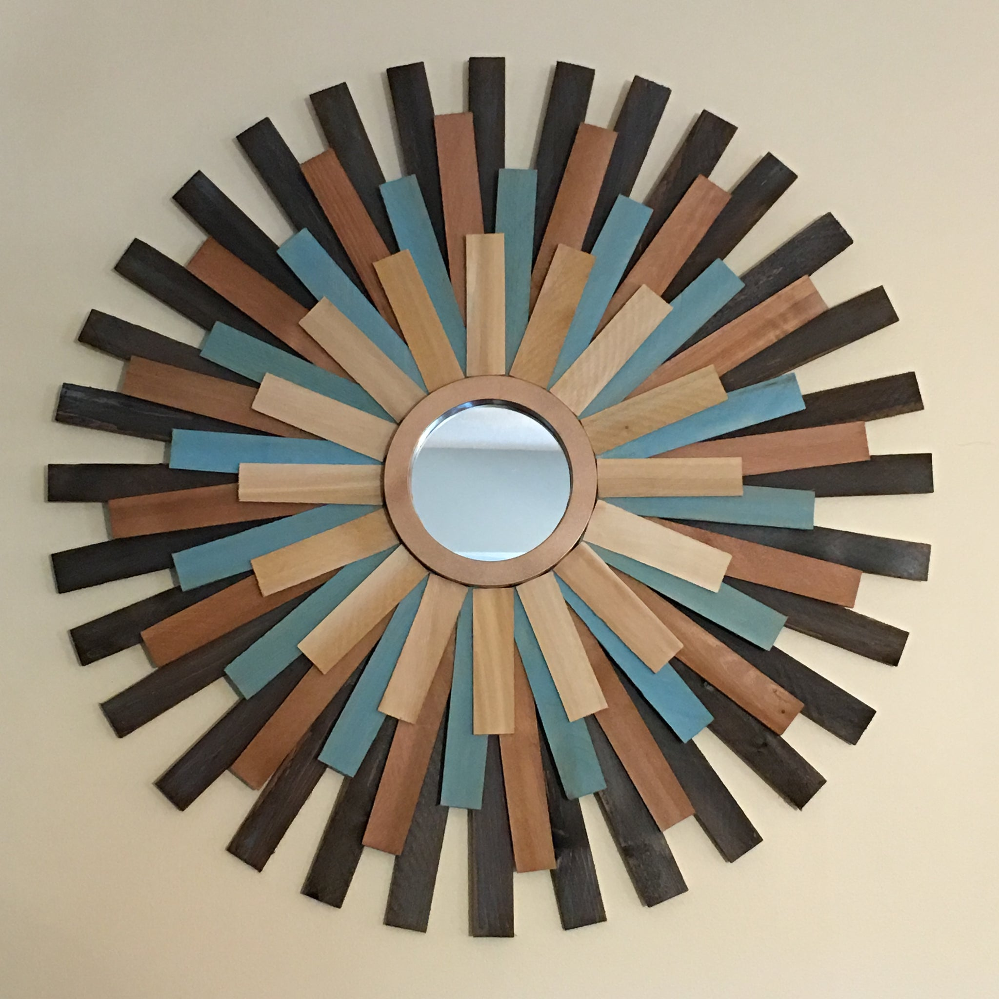 "29"" Wooden Sunburst Mirror (Teal Accent Color)"