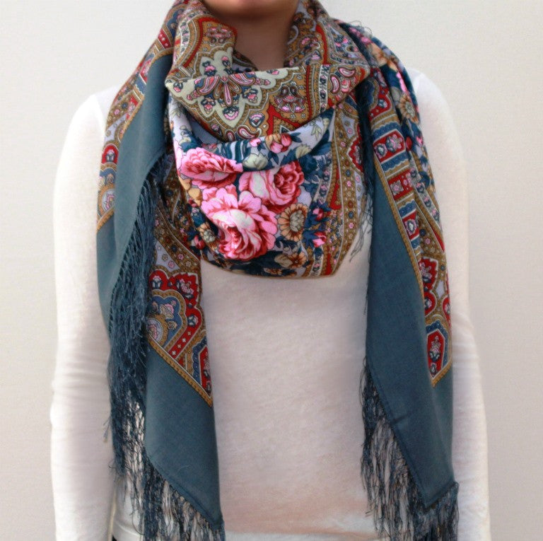 Mysterious Muse - Woolen shawl/scarf - XLarge