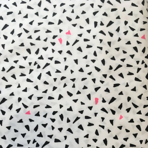 Black & White Triangles with Neon Pink Fabric