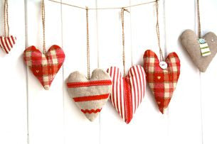 Make Christmas Hearts (John Lewis, London)