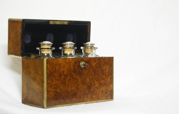 Late Victorian Burr Walnut and Brass Decanter Set with Bramah Lock and Original Key. Circa 1880