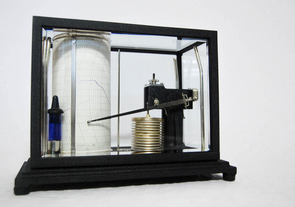 Early Twentieth Century Negretti & Zambra Barograph Model D9167 Manufactured Under Licence From Short & Mason