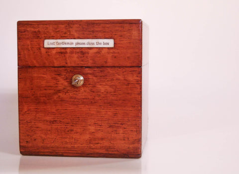 Late Victorian Oak Decanter Box by Leuchars