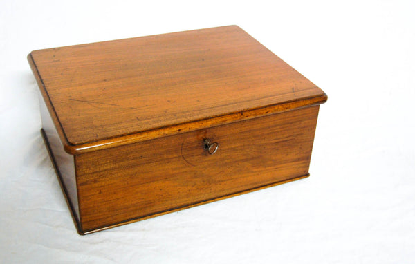 Victorian Walnut Cartridge Storage Box or Catridge Case by Holland & Sons, London