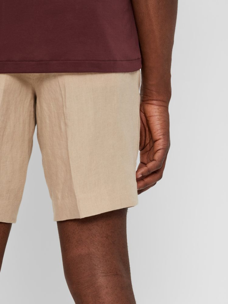 J Lindeberg Men's Sasha Short Drape Linen Shorts - OXFORD TAN