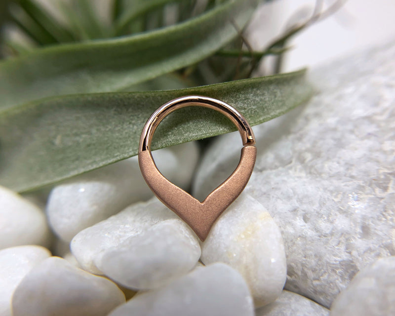 Rose gold sandblasted ring