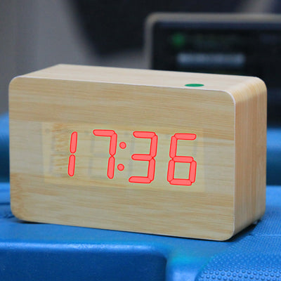 Red Number USB / Battery Wooden Clock with Voice Control (Alternately display time, month & date and temperature)(Red) - Star Produkte