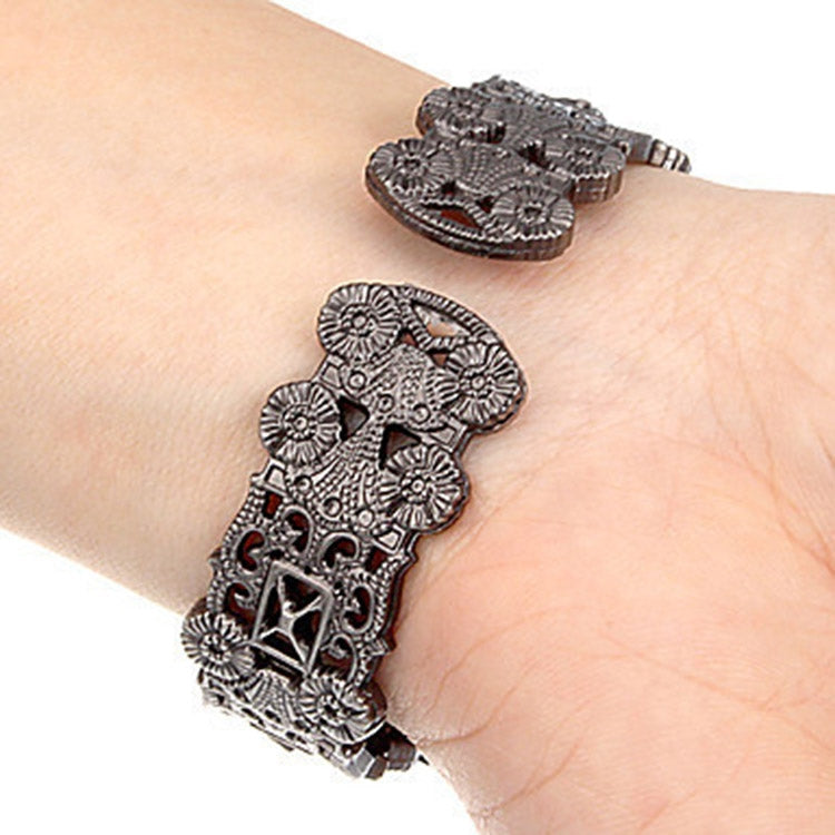 Retro Embossed Flower Bracelet Quartz Watch for Women(Red) - star-produkte.myshopify.com