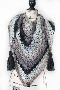 HandsandKneedles Triangle Scarf | Cookie Crumble