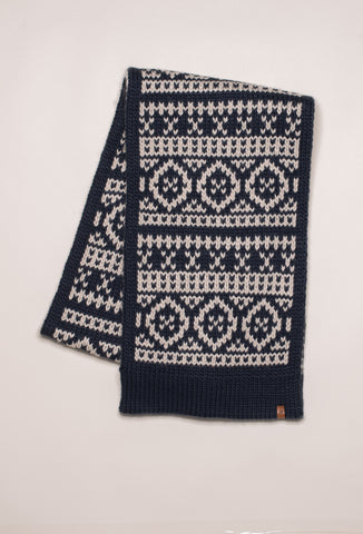 Chunky Fairilse Knit Scarf