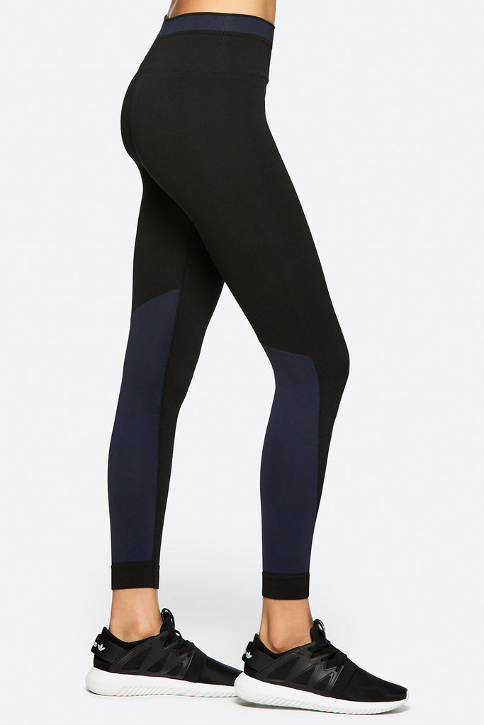 Ace Seamless Tight in Midnight, {View 1} | Alala | Luxury Women's Activewear | Style meets Sport