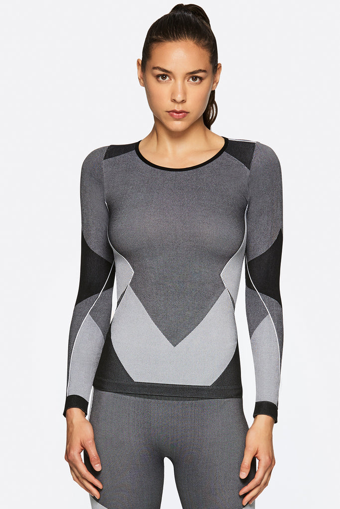Front view of Alala's Score Seamless Top in Black & Grey - Long Sleeve Tees for Women