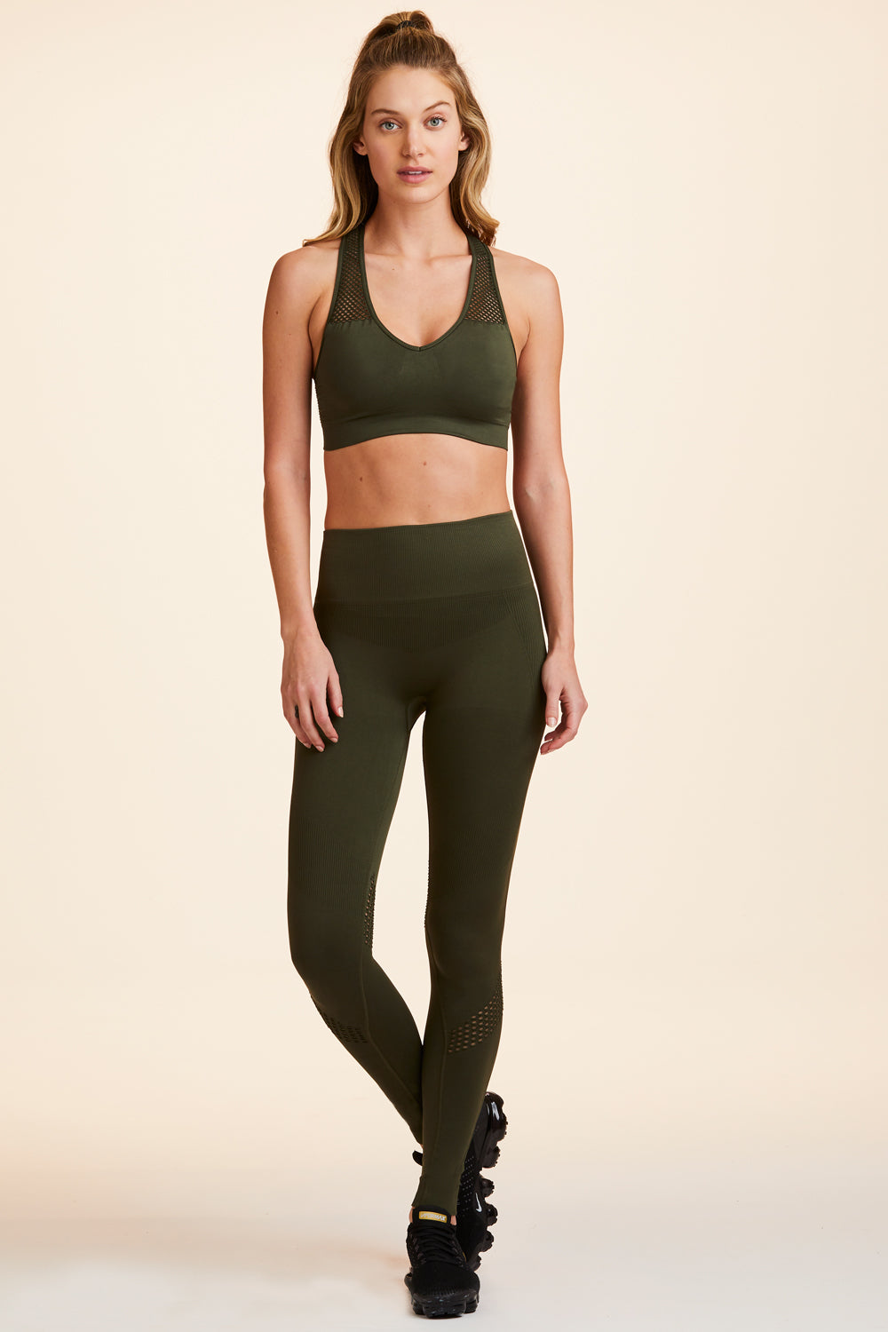 Essential Seamless Tights