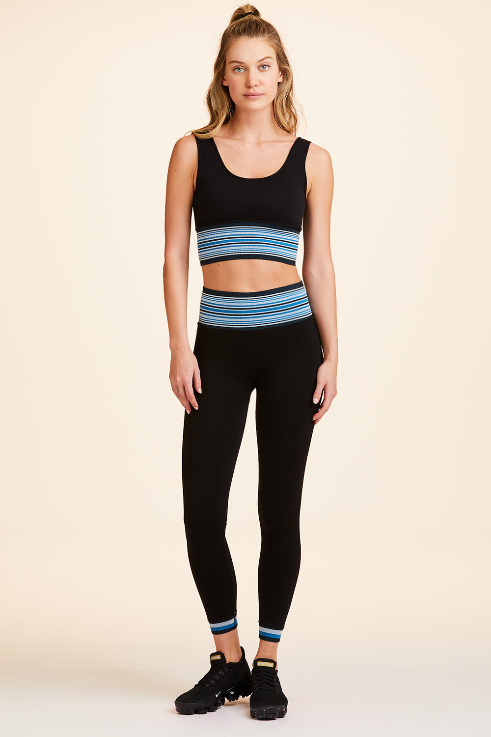 Banded Seamless Tights