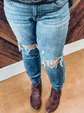 Distressed Knee Judy Blue 8877