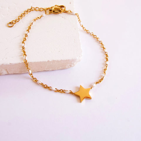 Lucky Gold Star Bracelet