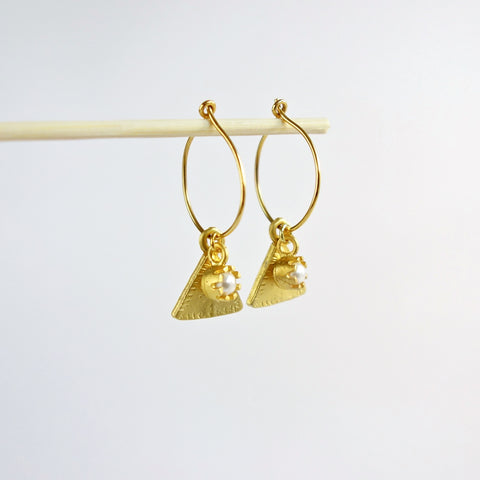 Gold Hoop Triangle Pearl Earrings